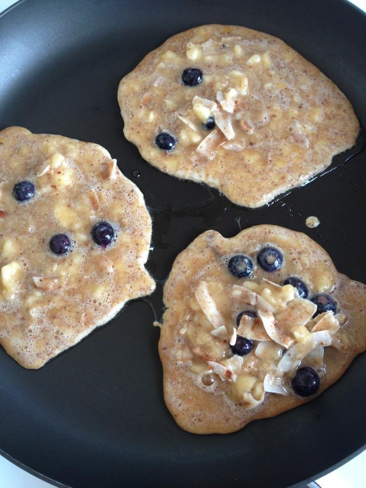 Cooking Pancakes | Nadia Felsch