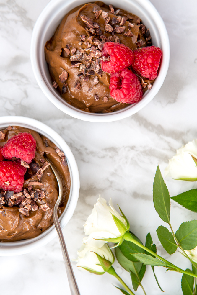 Simple, Vegan Cacao Mousse | Nadia Felsch