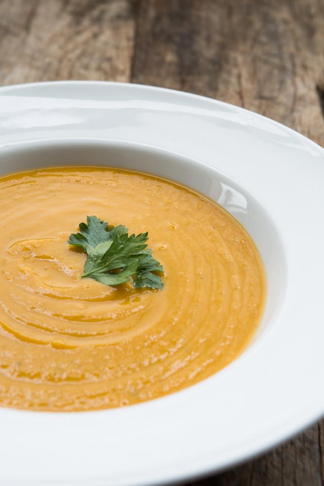 Pumpkin & White Bean Soup | Nadia Felsch