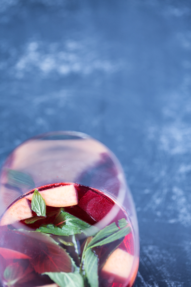 Sparkling Berry Iced Tea | Nadia Felsch
