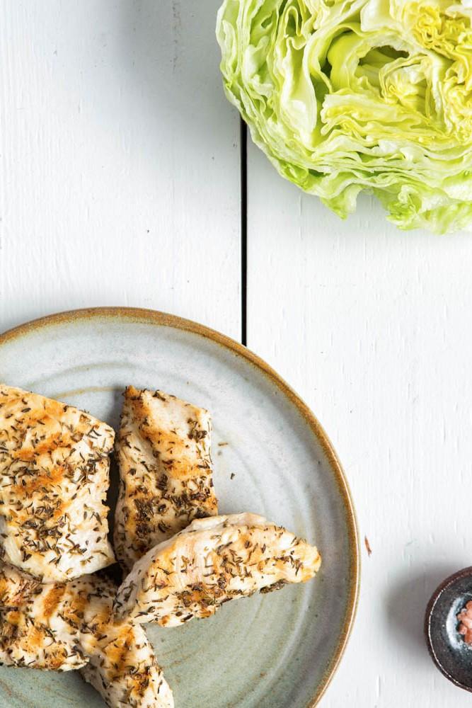 Chicken Caesar Salad | Nadia Felsch
