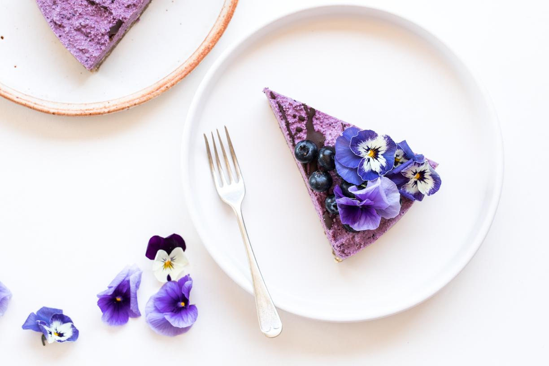 Raw Blueberry Cheesecake | Nadia Felsch