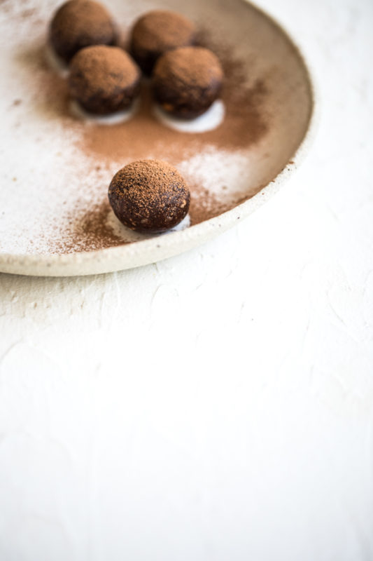 Chocolate Hazelnut Energy Balls | Nadia Felsch