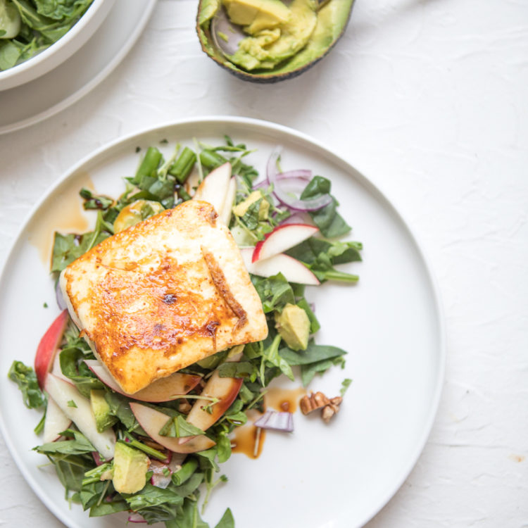 White Nectarine, Pecan & Haloumi salad | Nadia Felsch